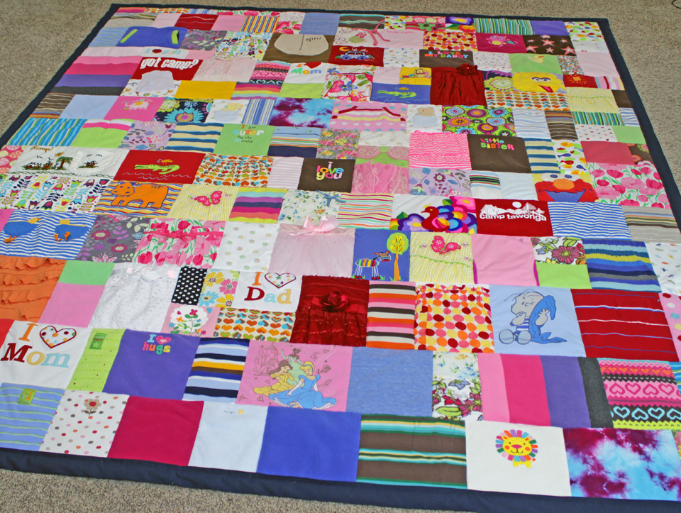 Boy & Girl Mixed Baby Clothes Quilt